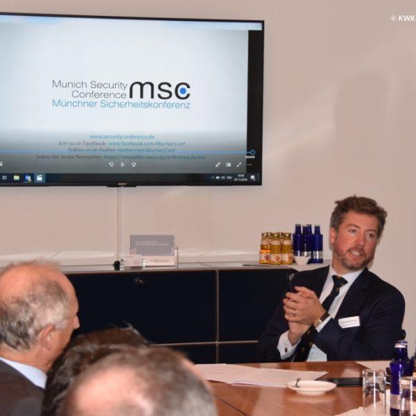 Pressefoto WISIGE 20181107 Dr. Benedikt Franke Keynote Speaker bei Wiesbadener Sicherheitsgespräche