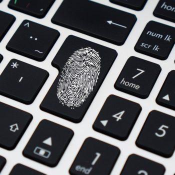 Systemübergreifendes Ausweis- und Berechtigungsmanagement